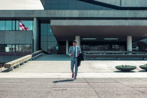 6 Steps To Get From Budding Entrepreneur to Business Owner